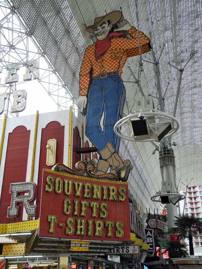 Vegas Vic auf der Fremont Street - Las Vegas // © Sarah Geßner